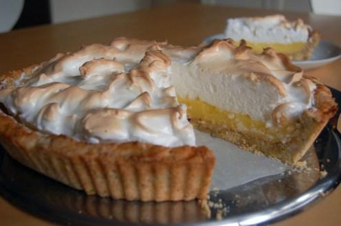 ... Zitronen-Baiser-Torte