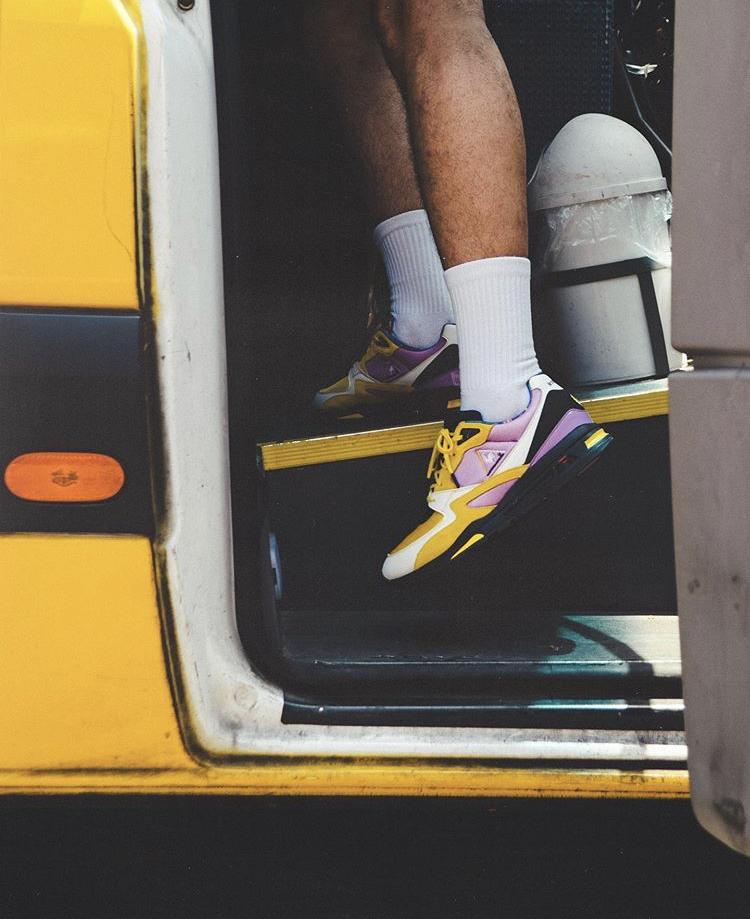Sneakerbox TLV x Le Coq Sportif R800 « Sherut Taxi »