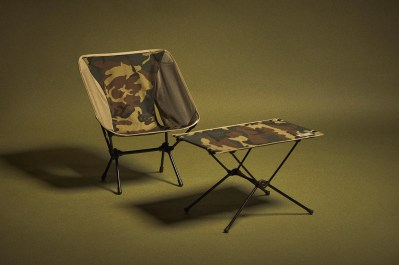 https---hypebeast.com-image-2021-04-carhartt-wip-helinox-valiant-chair-table-laurel-camouflage-05