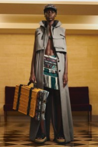https---hypebeast.com-image-2021-07-sacai-x-acronym-collection-collaboration-launch-date-looks-002