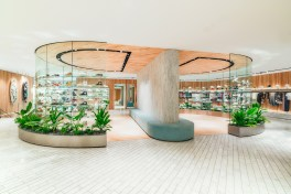 kith-hawaii-store-inside-air-force-1-9