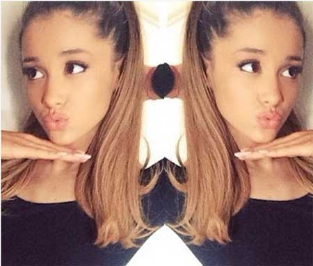 Ariana Grande自撮り4