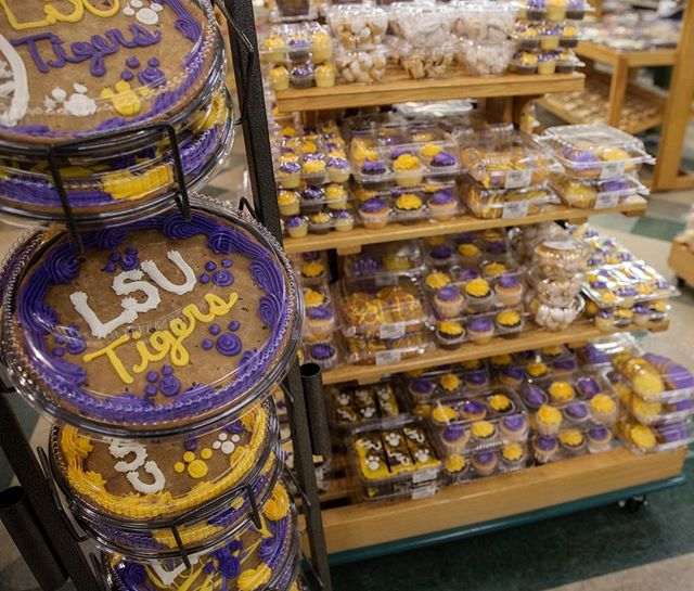 It's the greatest time of the year Baton Rouge !! LSU football is upon us…