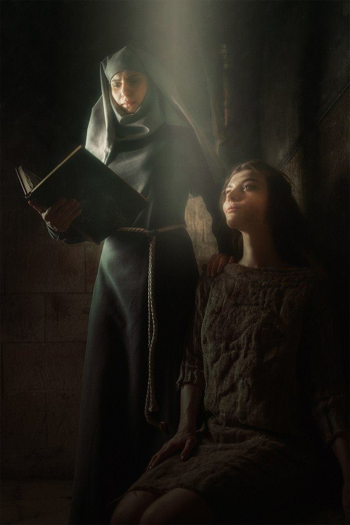 Margaery e Septã Unella - Game of Thrones Cosplays - 02