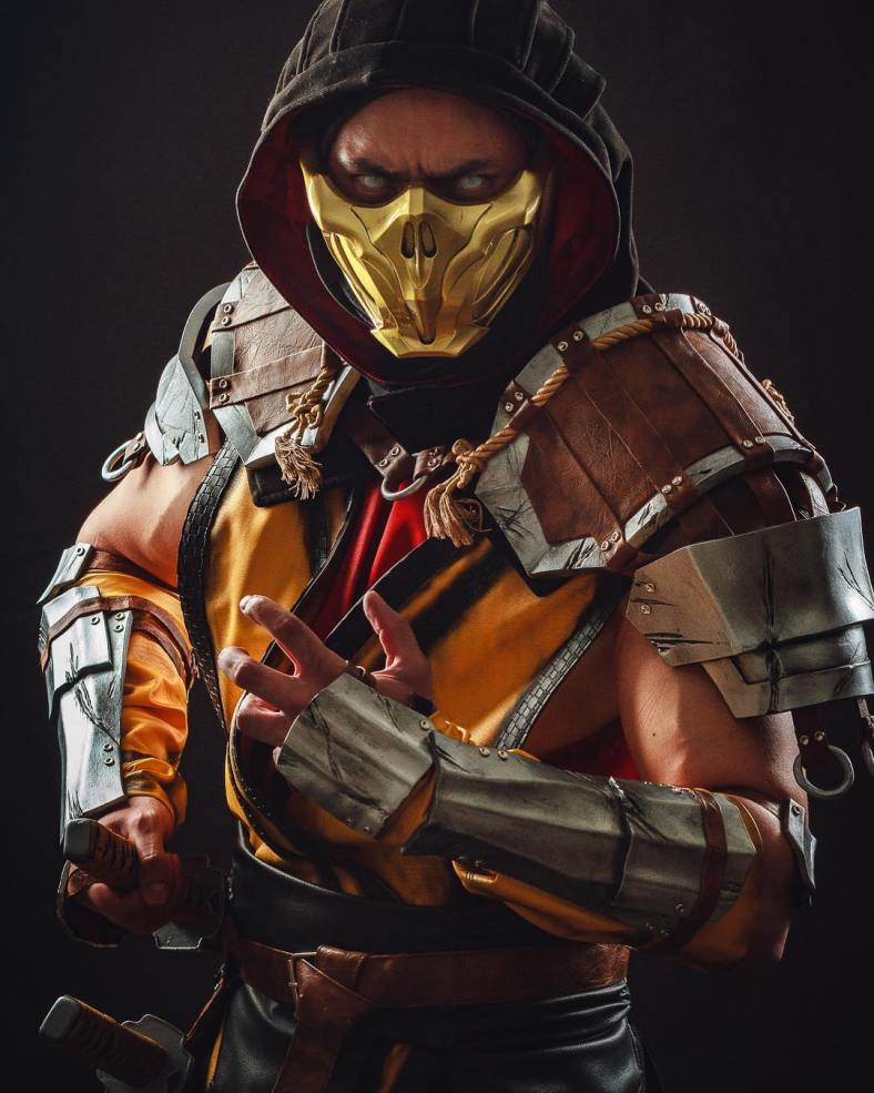Scorpion Cosplay Impressionante - Mortal Kombat 11
