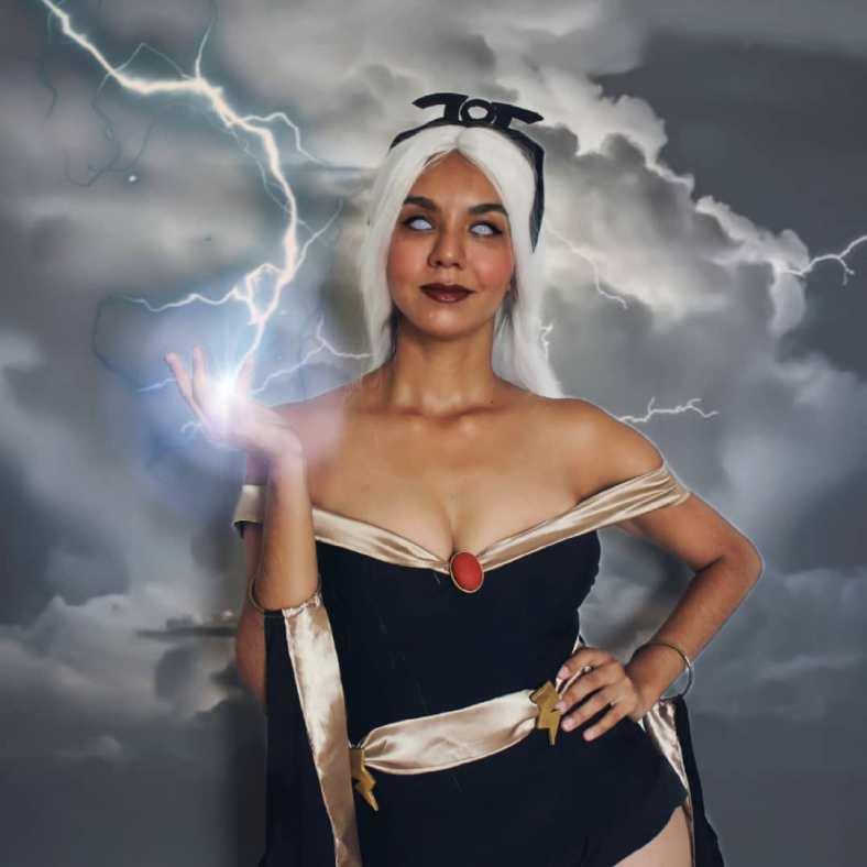 Cosplay incrível da Tempestade, dos X-Men
