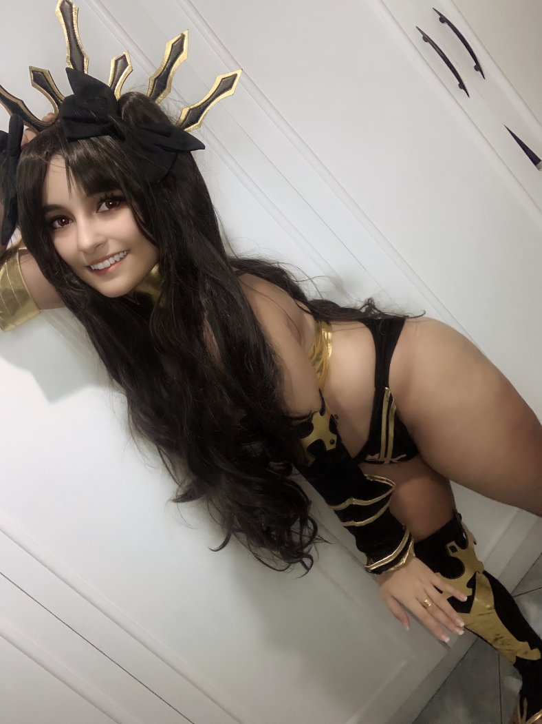 Ishtar Cosplay Fate 03