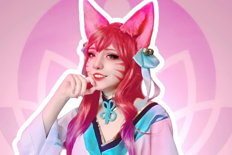 Ahri Spirit Blossom - League of Legends Cosplay - Ally Capa