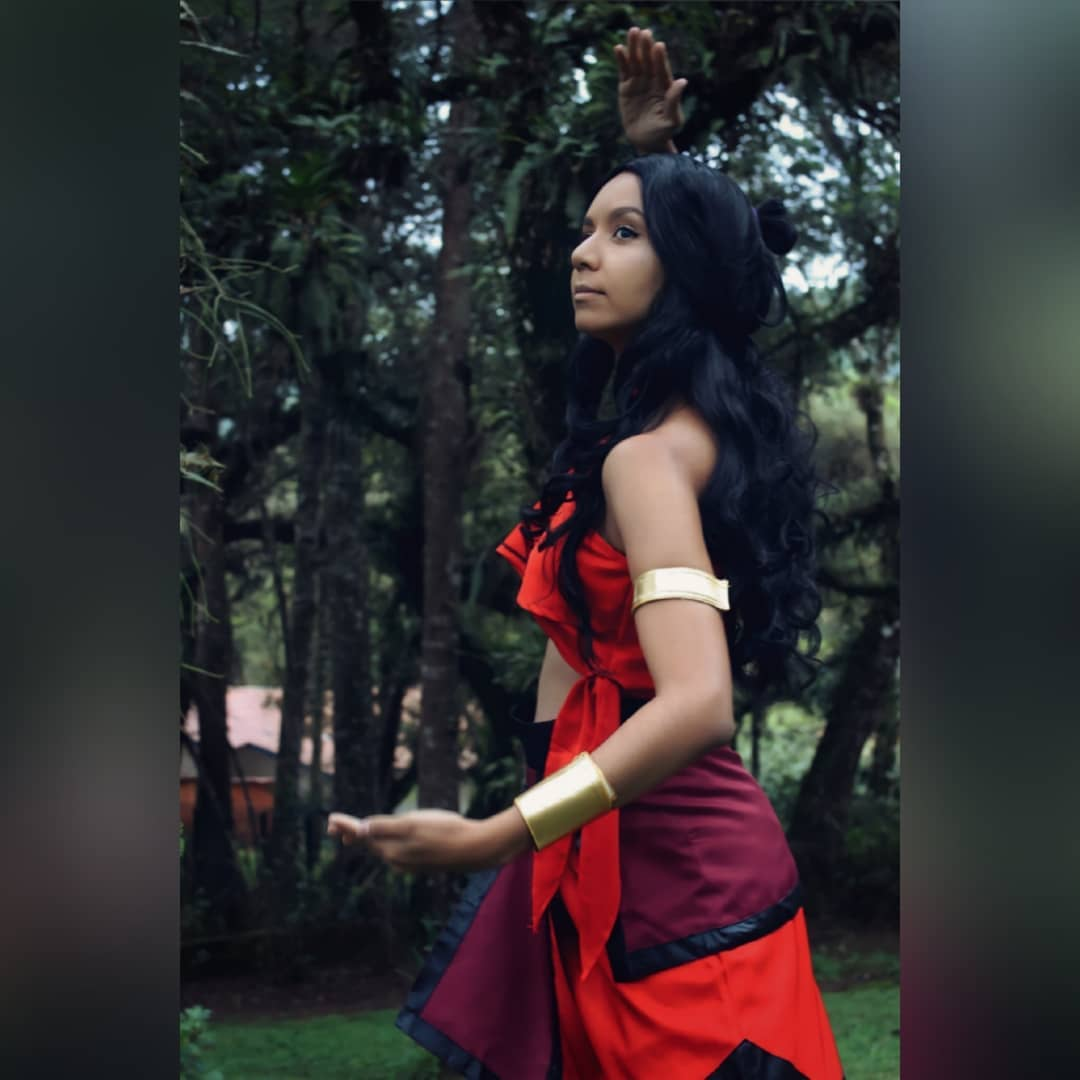 Katara Cosplay - Avatar The Last Airbender 03