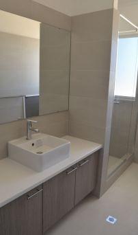 bathroom 1a_opt