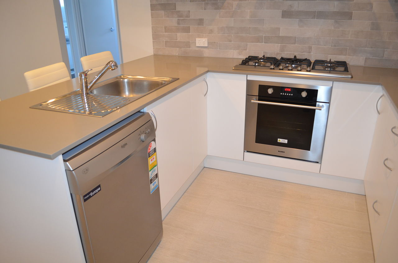 Compact Kitchen_opt(1)