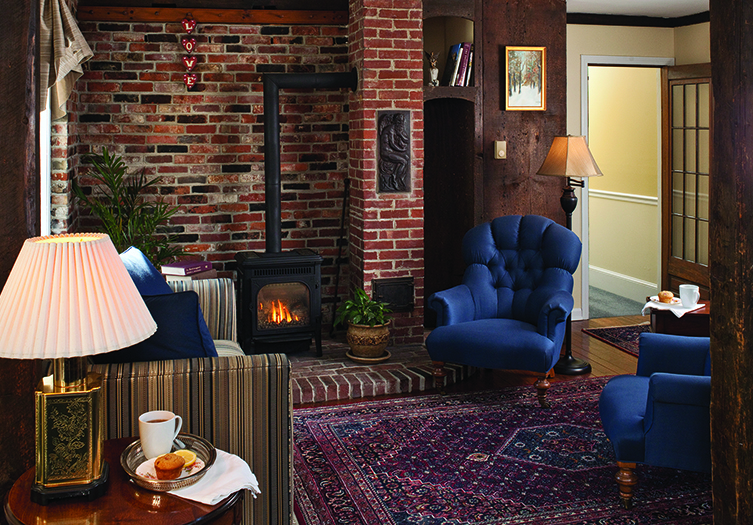 1802_FireplaceSeating