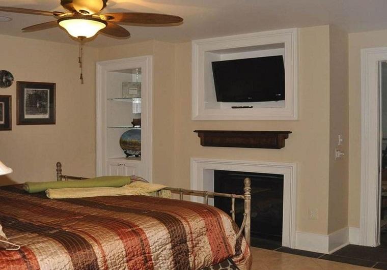 1890-Bedroom2