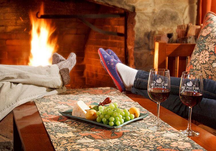 Lake-Pointe-Inn-fireplace