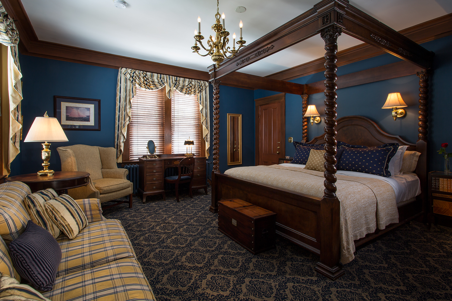 Oliver-Hazard-Perry-Review-La-Farge-Perry-House