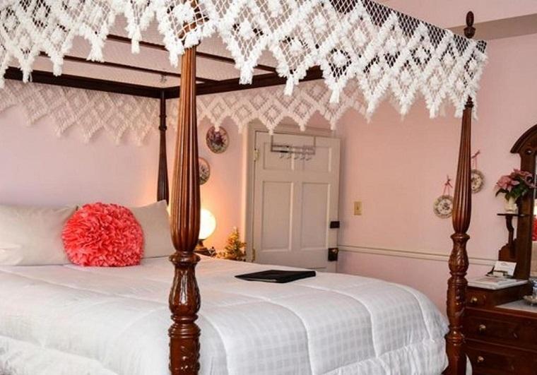 Richard Johnston Inn Guest Room 2