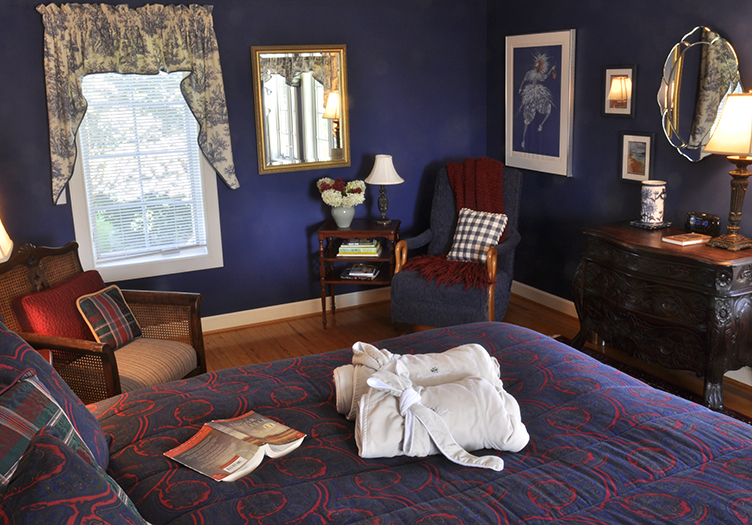 huntingfield-creek-guest-room