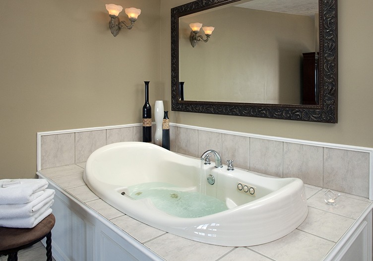 huron-house-tub