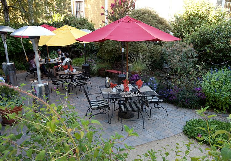 the inn on first napa patio