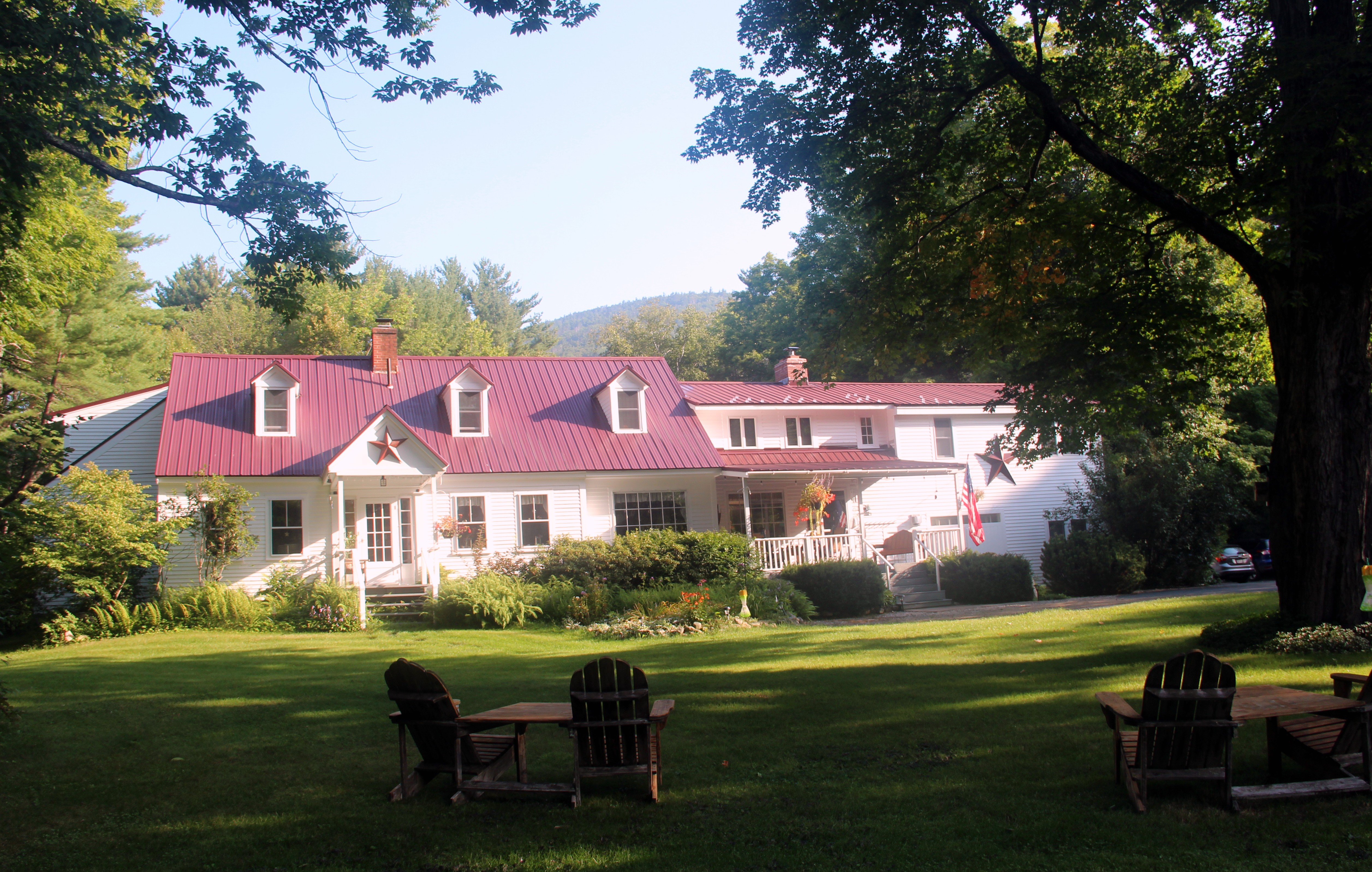 The Buttonwood Inn on Mt. Surprise