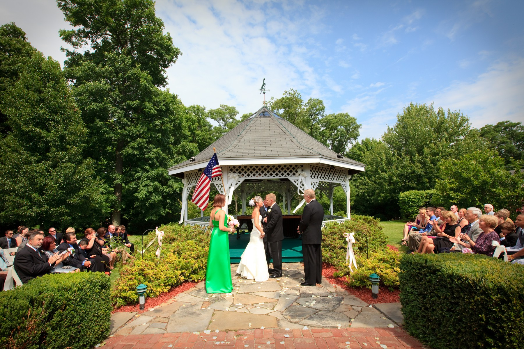 Tara A Country Inn Weddings and Events (2)