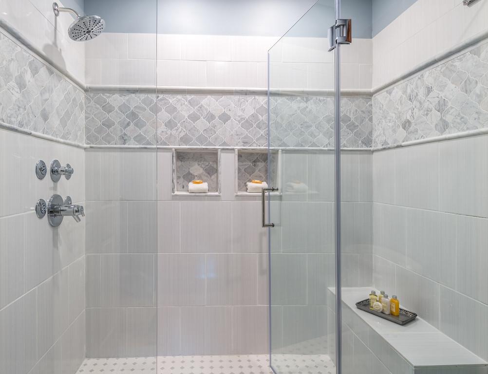 MERC CG Shower - CMBZ