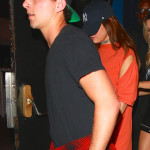 """Selena Gomez keeps a low profile leaving """"On The Rox"""" with some friends"""