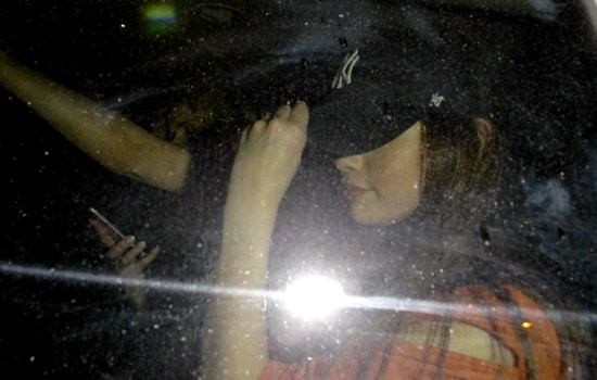 FOTOS: Selena saliendo de The Roxy, West Hollywood