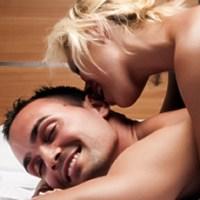 Tips Mengajak Suami Bercinta