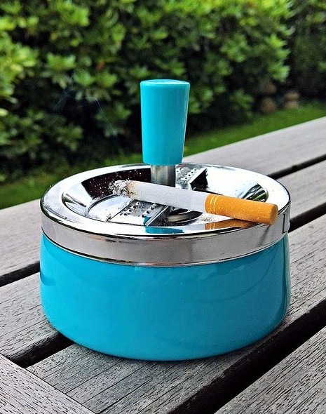 Ashtrays are not needed