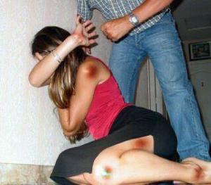PIC-DOMESTIC-violence-against-women-from-www-politicalavenue-com