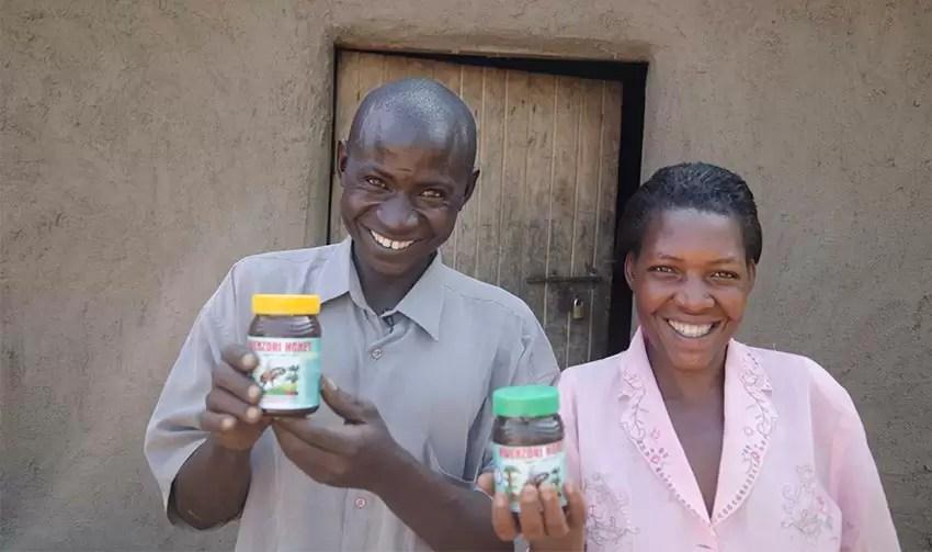 uganda_honey_helps_850x503