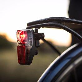 Portland Design Works Radbot 1000 bicycle lamp.