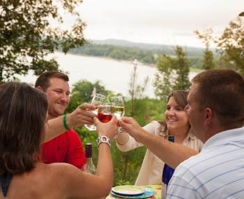 hermann hill wine-toast-at-hermann