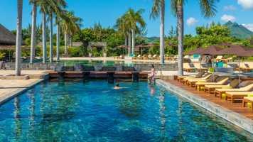 Golf and Spa Resort of the Week: Four Seasons Resort Mauritius at Anahita on SelfishMe Travel