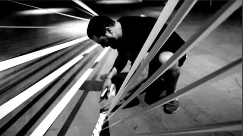 Dancing-Tape-art-performance-Ostap-artist-2015