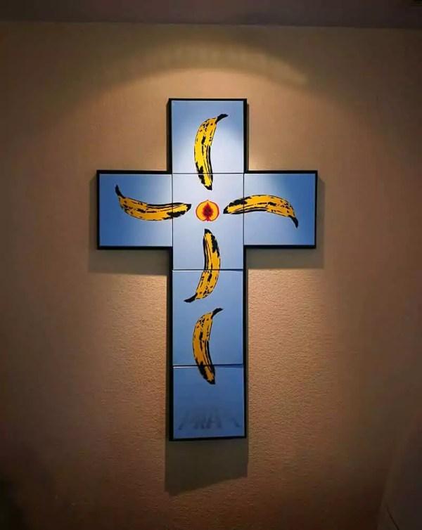 Pray-cross-stencil spray paint pop art- Ostap 2015