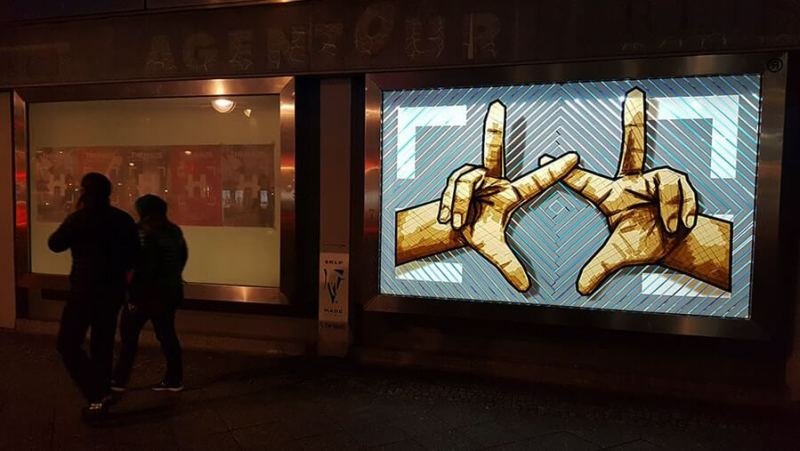 The Haus-The Haende-Tape-Street-Art- Selfmadecrew-Street-view-night