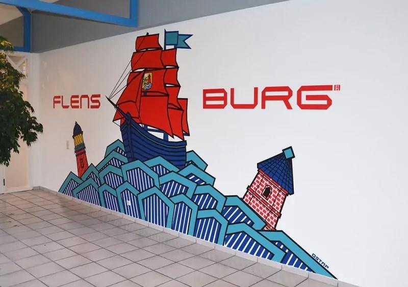 Segelschiff- Wand-Kunstwerk - Raumgestaltung mit Klebeband- Ein Auftrag in Flensburg
