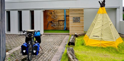 Leaving the excellent 365Base Hostel in Hamamatsu