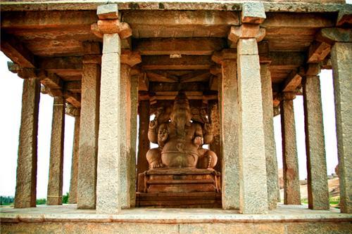 Ganesha Hampi