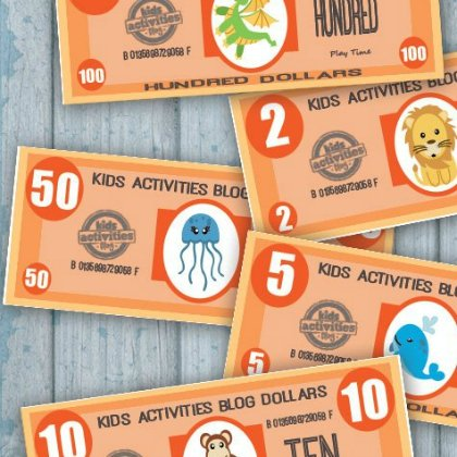 It is a graphic of Playing Money Printable within kid qatari riyal