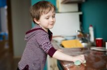 How to Motivate Kids to Do Chores (Without Paying Them!)