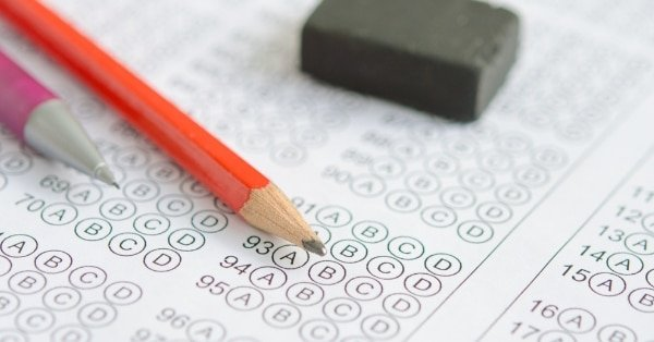 Both kids and teens can experience test anxiety. Here are 7 test anxiety tips to help your child cope with the unease of taking a timed test.#testanxiety #testanxietytips #testanxietytipskids