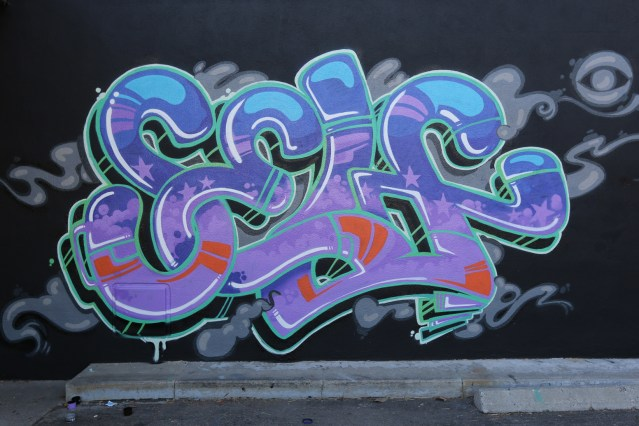 self graffiti piece los angeles graff letters selfuno