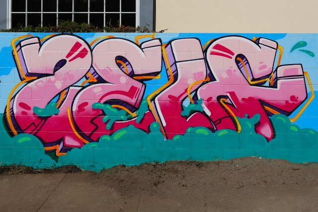 self selfuno graffiti piece letters mural hollywood los angeles december 2013
