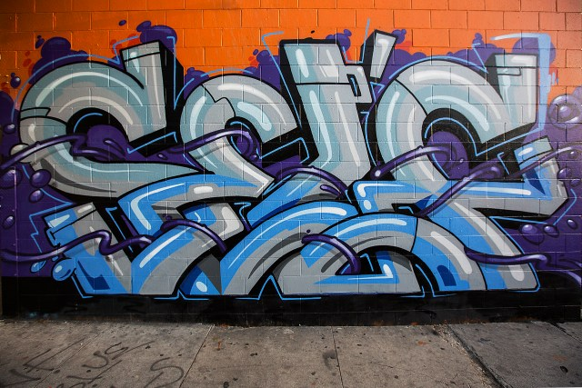 self selfuno graffiti letters piece purple whips spraypaint aerosol hollywood los angeles april 2015