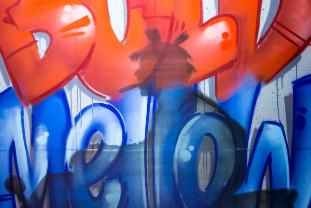 acid cigarillo self uno selfuno live event painting commission spray paint aerosol cigar swisher los angeles august 2015