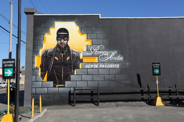 romeo santos art heroe favorito graffiti usa mural artist for hire dcypher selfuno los angeles february 2017