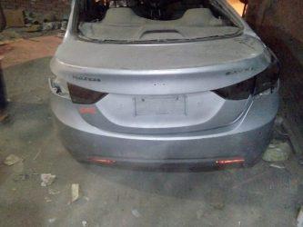 سيارة حادثه للبيع الينترا 2012